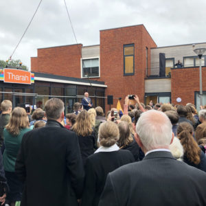 Tharah Officieel Geopend